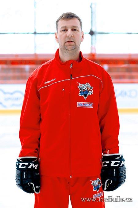 Владимир Домин, хоккейный лагерь, хоккейный лагерь в чехии, хоккейный лагерь ICE BULLS, хоккейный сборы для команд, хоккейные сборы в Чехии, детский хоккейный лагерь, летний хоккейный лагерь